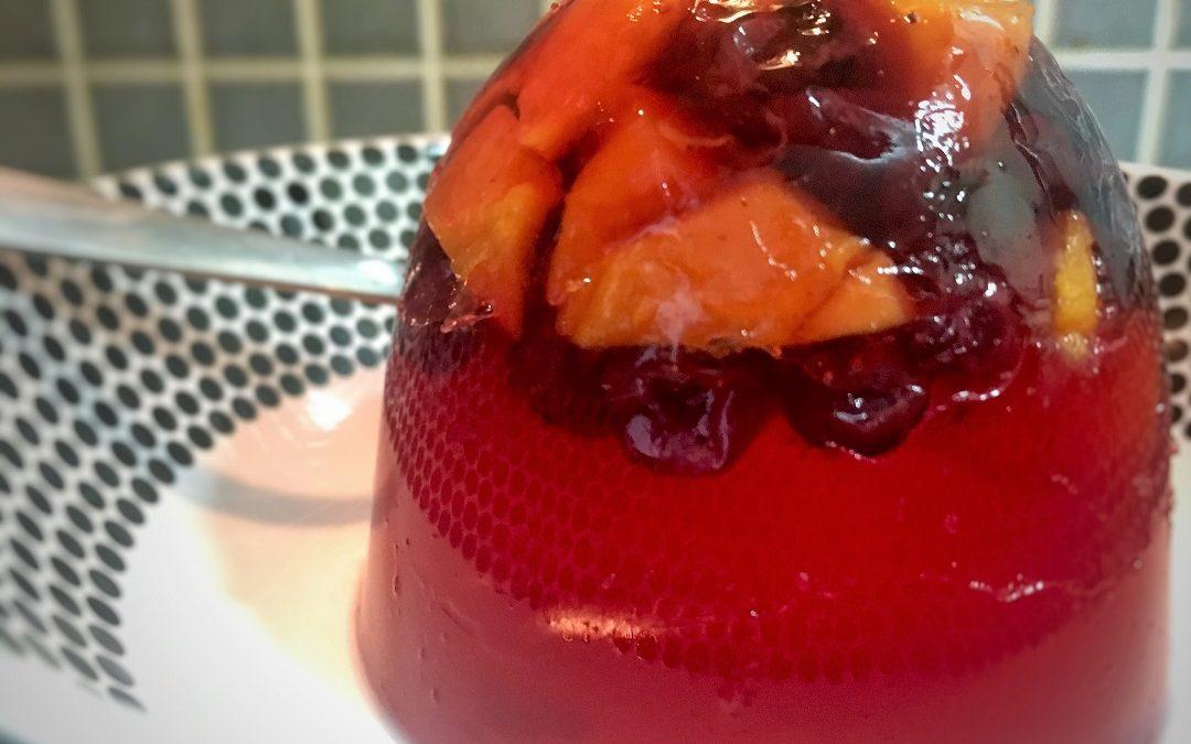 Gelatina y frutas, sin azúcar
