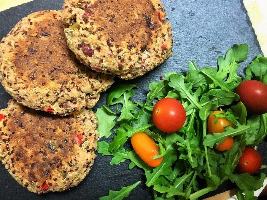 Hamburguesas vegetarianas de quinoa y alubias